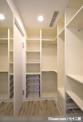 音乐空间,艺堂室内设计,李燕堂,卧室,造型衣橱,冷气摆放设计,穿衣镜,更衣室,
