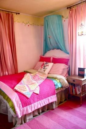 70平粉色别墅卧室装修效果图13