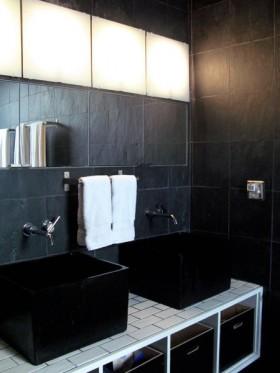 140平别墅卫生间洗手台装修效果图150