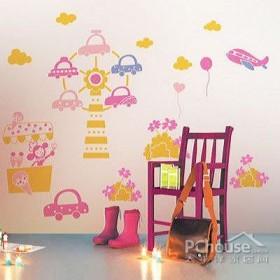 壁纸塑造童话般家居