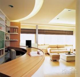 明亮简洁放松的家居空间