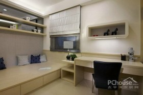 黑白经典色调的个性二居室