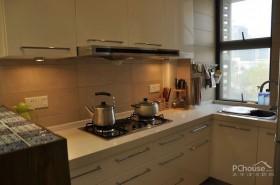 小空间厨房与餐厅