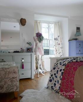 巴黎多彩小公寓创意