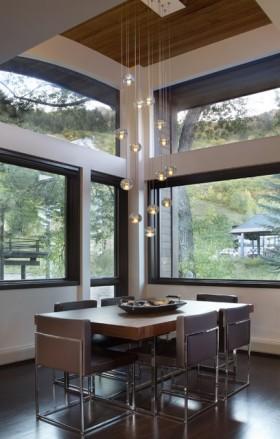 34万打造温馨舒适现代风格餐厅飘窗装修效果图大全