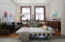 80后男士单身公寓时尚动感的客厅装修效果图