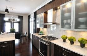 三居室现代厨房橱柜装修效果图大全
