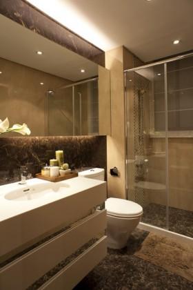 3室2厅卫生间瓷砖装修效果图大全