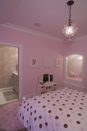 三室两厅欧式风格粉色卧室吊顶装修效果图大全
