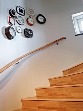 楼梯扶手图片