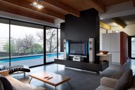 欧式风格客厅电视墙隔断装修效果图