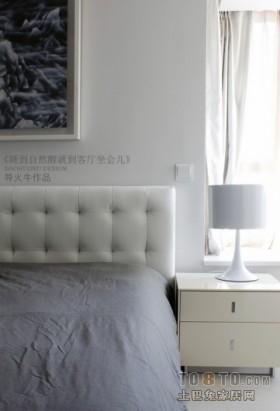 家舒适了身心也会舒适现代风格卧室装修效果图