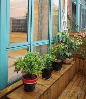 别墅阳台飘窗装修效果图