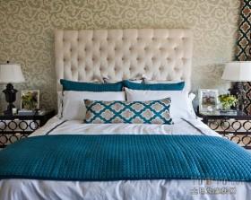 简约卧室床头软包墙装修效果图