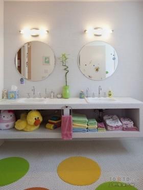 现代小卫生间设计装修效果图片
