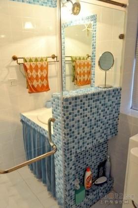二居室马塞克卫生间瓷砖效果图 蓝色好心情
