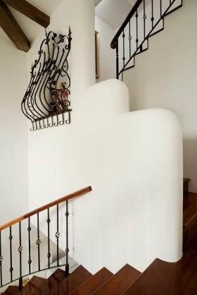 复式楼梯过道装修