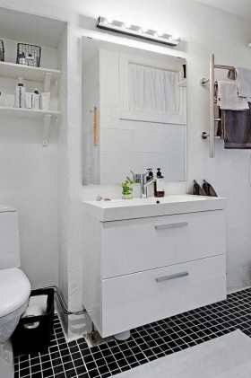 70平小户型白色整洁洗手间装修效果图