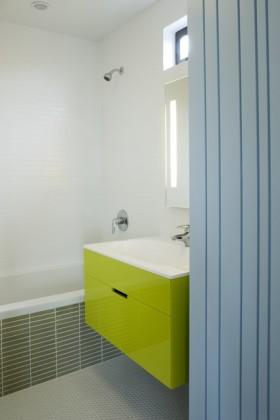 美式现代风格两室一厅卫生间装修效果图