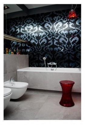 80男士单身公寓厕所背景墙装修效果图