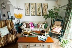 田园风格客厅沙发挂画墙装修效果图