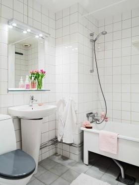 二室二厅家庭卫生间洗手台装修效果图大全