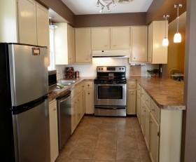 7万打造奢华二居现代厨房装修效果图大全