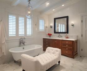 欧式复式楼卫生间浴缸装修效果图大全