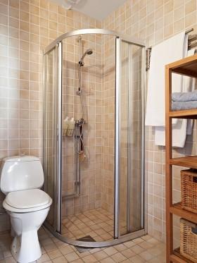 干湿分离卫生间瓷砖设计效果图欣赏