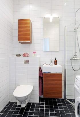 90平小户型家庭卫生间瓷砖效果图