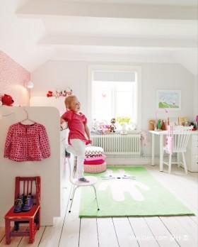 现代儿童房装饰效果图欣赏