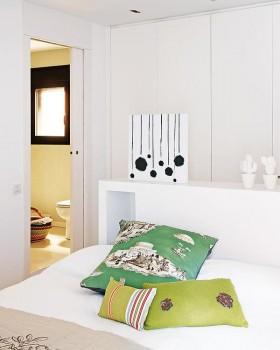 小户型现代风格卧室装修设计