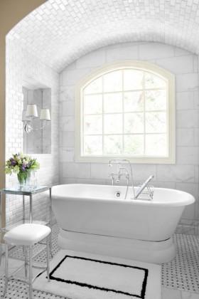 10万打造90平米欧式卫生间浴缸装修设计装修效果图