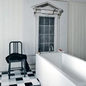 黑白简约三居室卫生间浴缸装修效果图大全