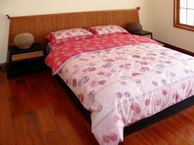 中式卧室木地板装修效果图欣赏