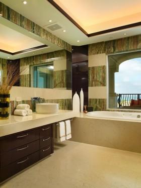 二居室浴缸18万打造清新欧式风格二居卫生间吊顶装修