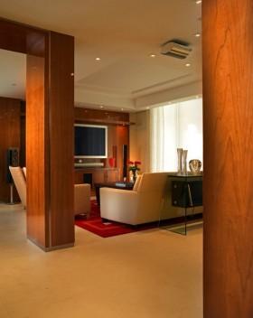 18万打造清新欧式风格二居客厅隔断装修效果图
