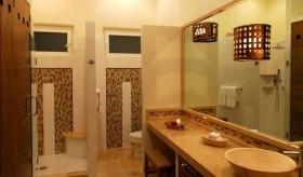 四居室倾情打造美式风格卫生间装修效果图大全