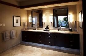 美式格调打造四居室卫生间装修效果图