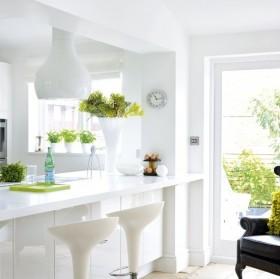 3万打造田园婚房风格厨房橱柜装修效果图大全