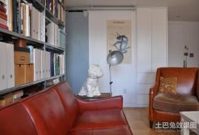 颇具文化气息的客厅一角装修效果图