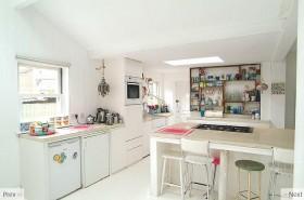 色彩明朗的田园风格小户型厨房橱柜装修效果图