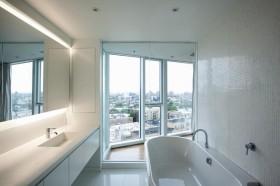 13万打造清新纯白现代风格卫生间装修效果图大全