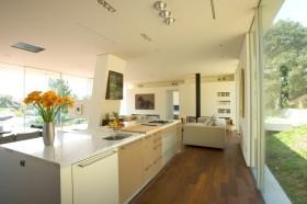 300平现代简约别墅厨房装修效果图