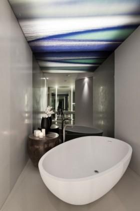 现代灰色调小户型卫生间浴缸装修效果图大全