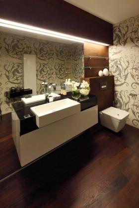 135㎡四居室卫生间装修效果图大全2012图片
