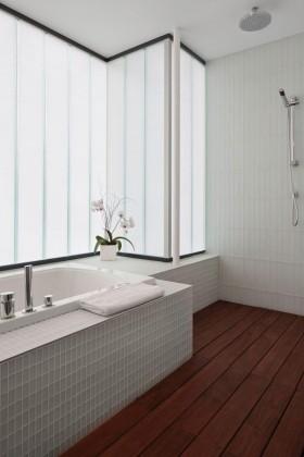 200万打造经典奢华北欧风格卫生间装修效果图大全