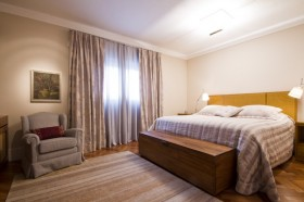 小户型卧室装修效果图大全2012图片 卧室窗帘图片