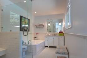 三室两厅卫生间瓷砖装修效果图大全