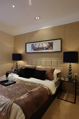 三室两厅简约风格卧室装修效果图